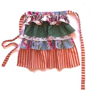 Funktion vintage ruffle and lace house apron, OS